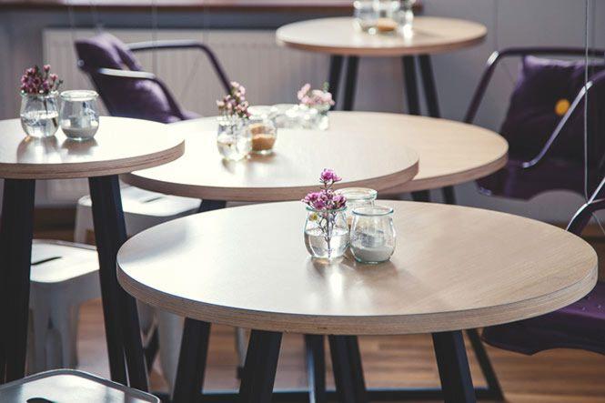 cafe Vintage dường như là tổng hòa của sự sang trọng, tỉ mỉ và tinh tế 1