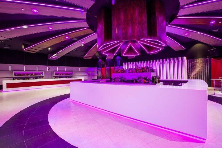 thiết kế nội thất bar club độc đáo 7